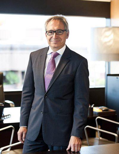 02luis-hernandez-presidente-renta-corporacion_0
