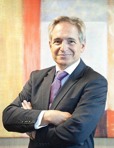 03luis-hernandez-presidente-renta-corporacion